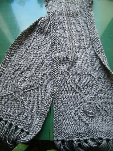 Free knitting pattern for October is for Spinners spider scarf