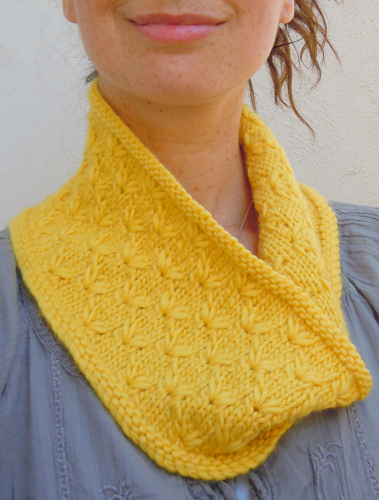 Free Knitting Pattern for Spring Semester Cowl