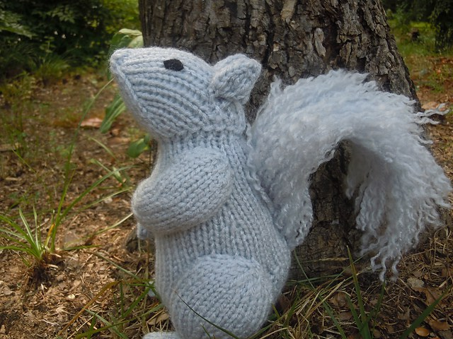 Free knitting pattern for Squirrel toy