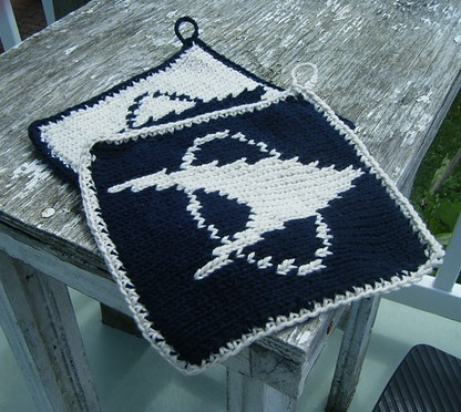 Free knitting pattern for Star Trek Pot Holder