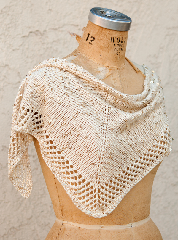 Free knitting pattern for Stargazing Shawlette easy shawl in stockinette with mesh border