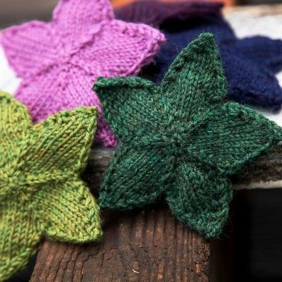 Free knitting pattern for Stars and more holiday decoration knitting patterns