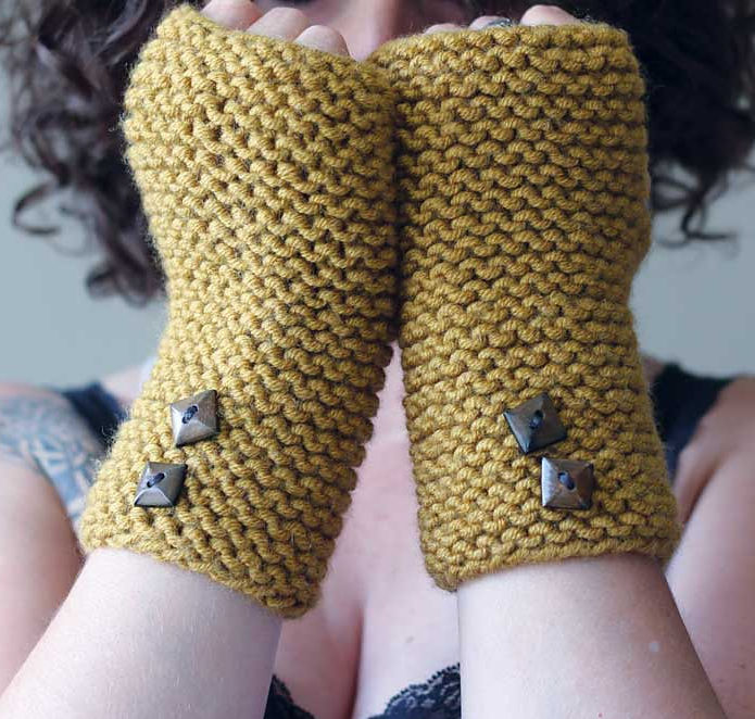 Free Knitting Pattern for Easy Stawamus Mitts