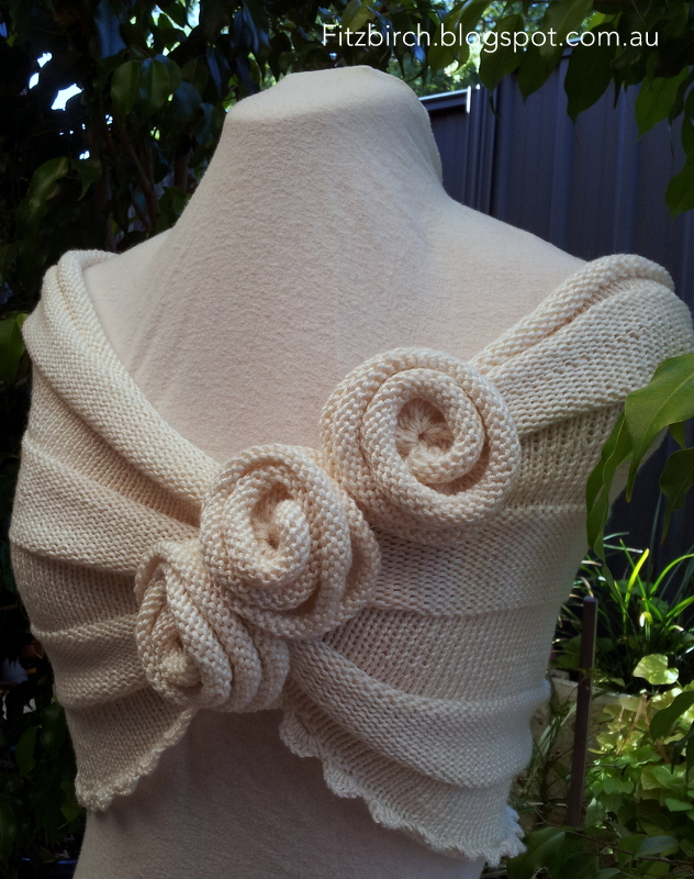 Free knitting pattern for Summer Rose Capelet