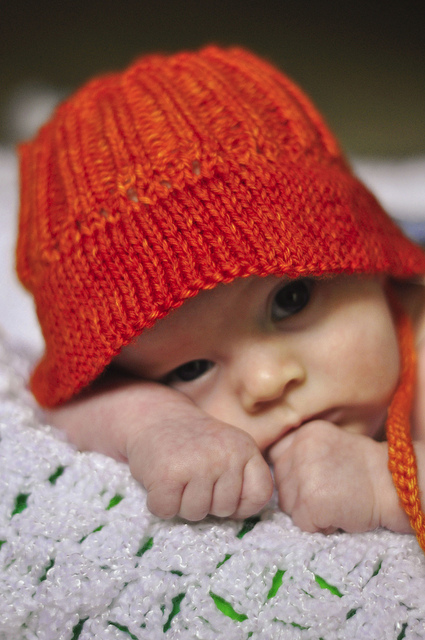 Baby Bucket Hat free knitting pattern and more baby hat knitting patterns