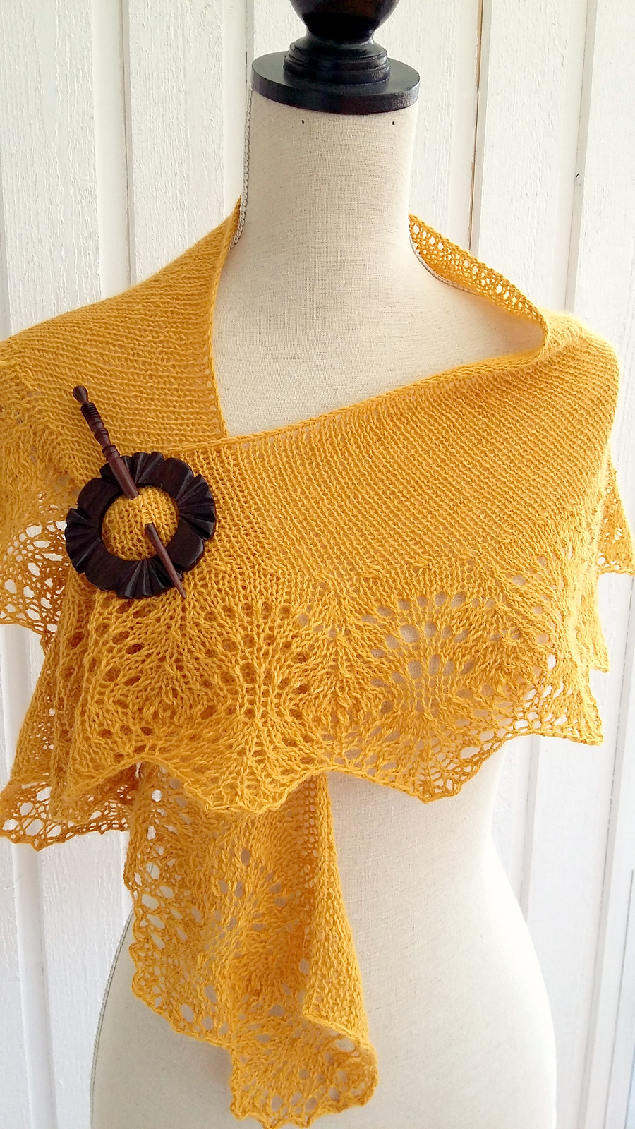 Free Knitting Pattern for Sunburnt Shawl