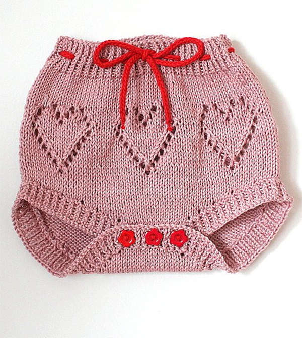 Knitting pattern for lace diaper cover
