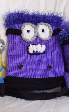 Free knitting pattern for Evil Minion tablet cover