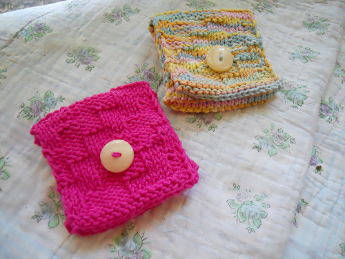 Tea Bag Wallets Free Knitting Pattern and more tea time knitting patterns