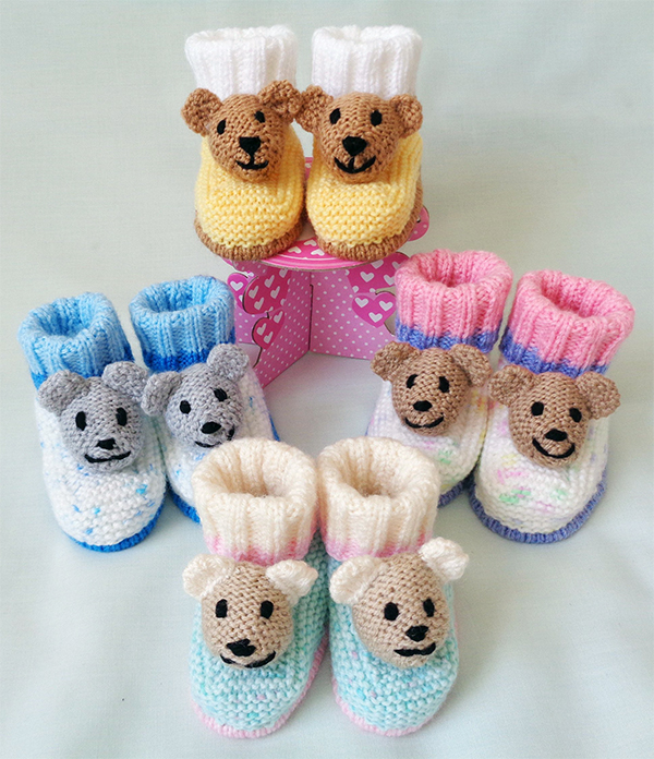 Knitting pattern for Teddy Bear Booties