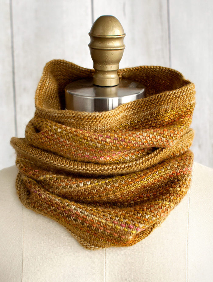 Free Knitting Pattern for 2 Row Repeat Tejido Cowl