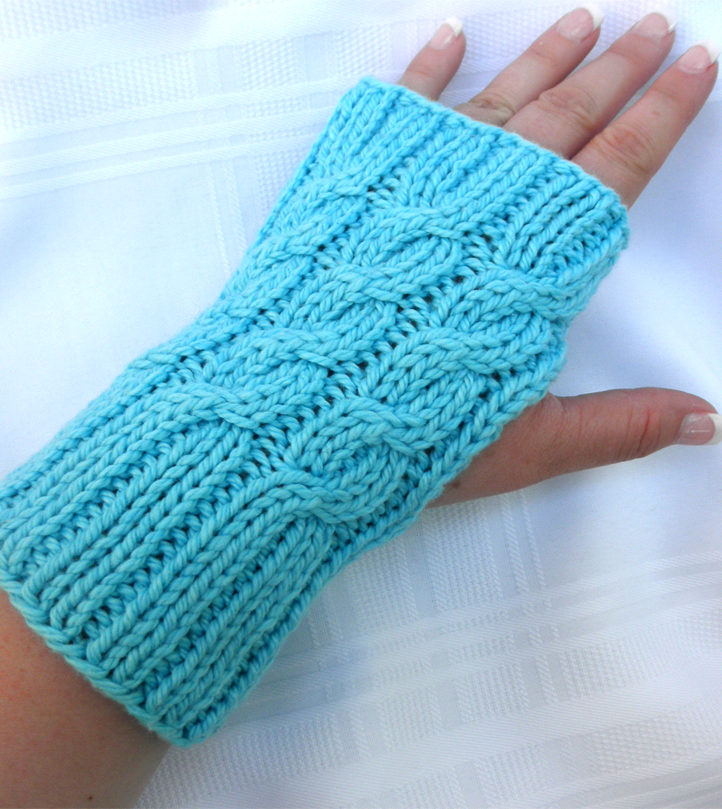 Knitting Pattern for Easy Three Cable Hand Warmers