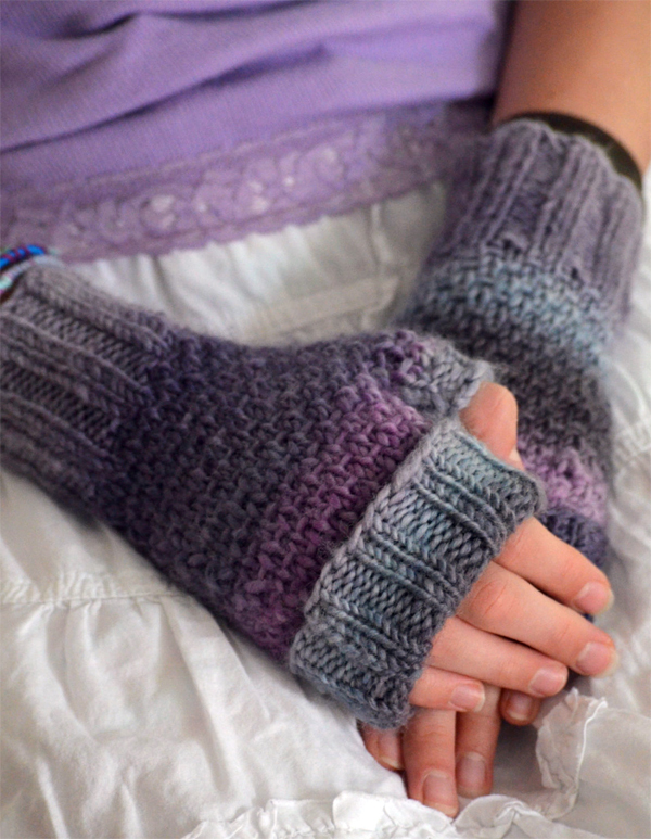 Knitting Pattern for 4 Row Repeat Toasties Fingerless Mitts