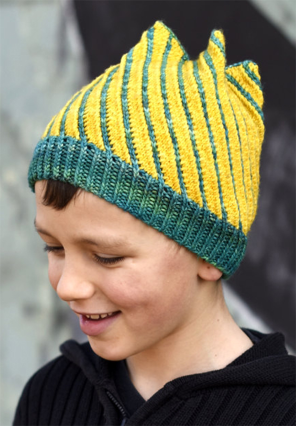 Knitting Pattern for Torsione Spiral Hat