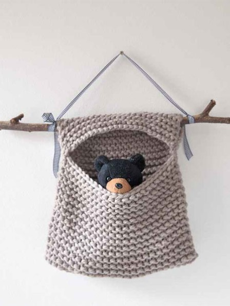 Free knitting pattern for Toy Hideaway Hanging Bag