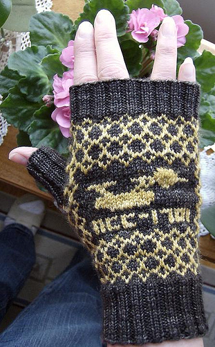 Free knitting pattern for Enterprise Fingerless Mittens and more Star Trek inspired knitting patterns