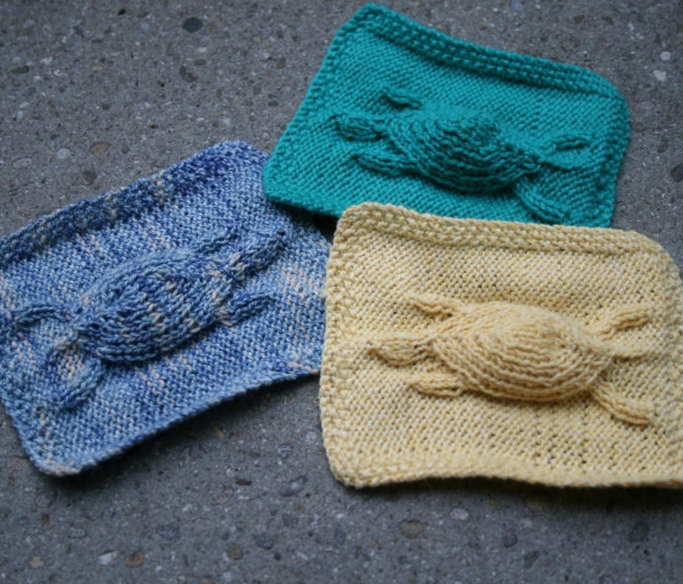 Free Knitting Pattern for Turtle Motif Cloth - project by anjasworld