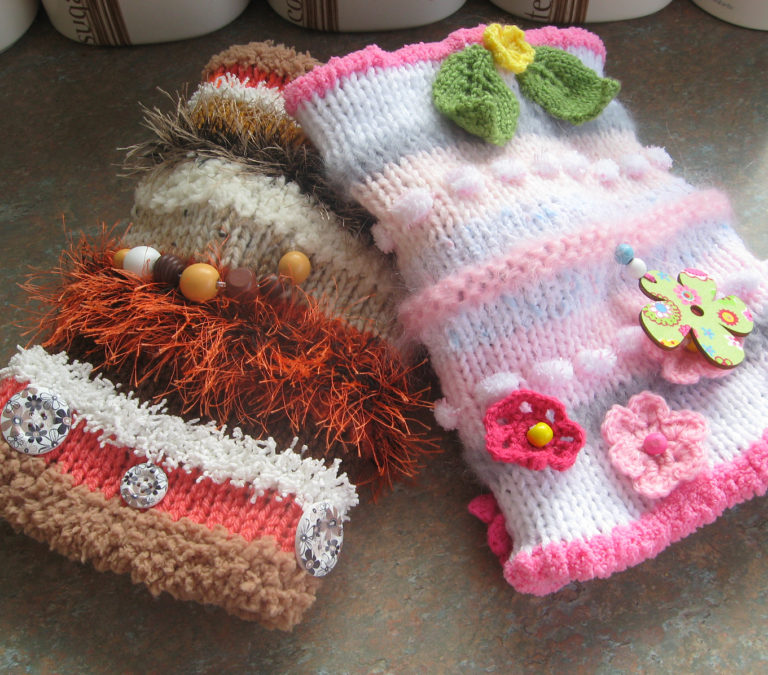 Free Knitting Pattern for Twiddle Muffs or Mitts