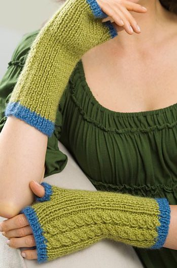 Free Knitting Pattern for Twin Cables Wristers