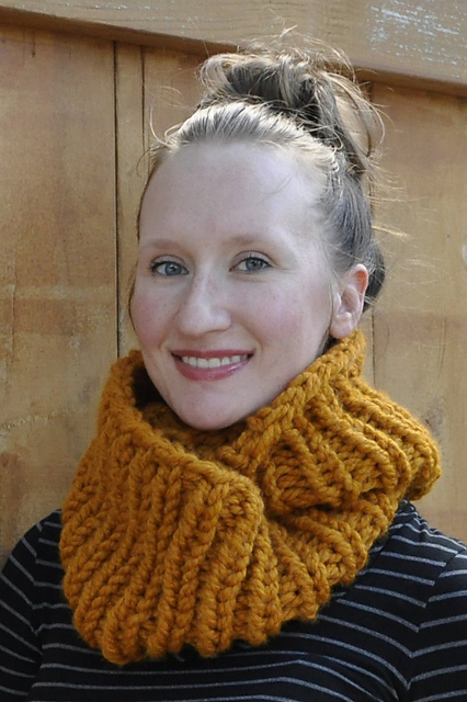 Free knitting pattern for Two Hour Ribbed Cowl and more quick cowl knitting patterns