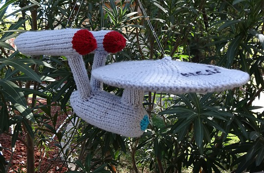 Free knitting pattern for USS Enterprise and more Star Trek knitting patterns