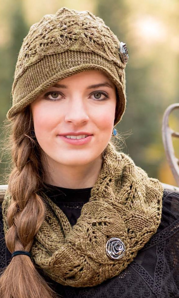 Knitting Pattern for Virginia City Cloche and Cowl