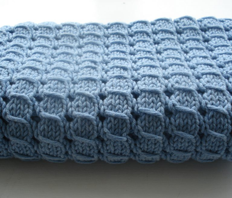Free Knitting Pattern for 4 Row Repeat Waffle Blanket