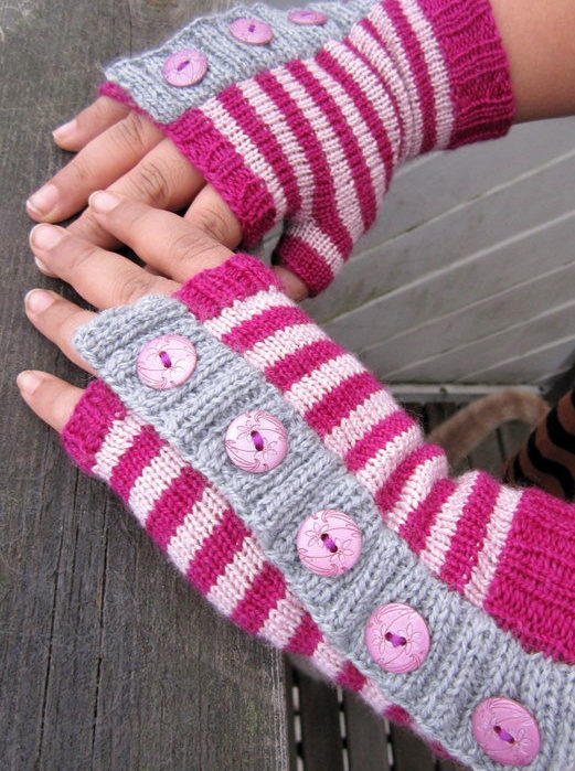 Free Knitting Pattern for Weekend Mitts