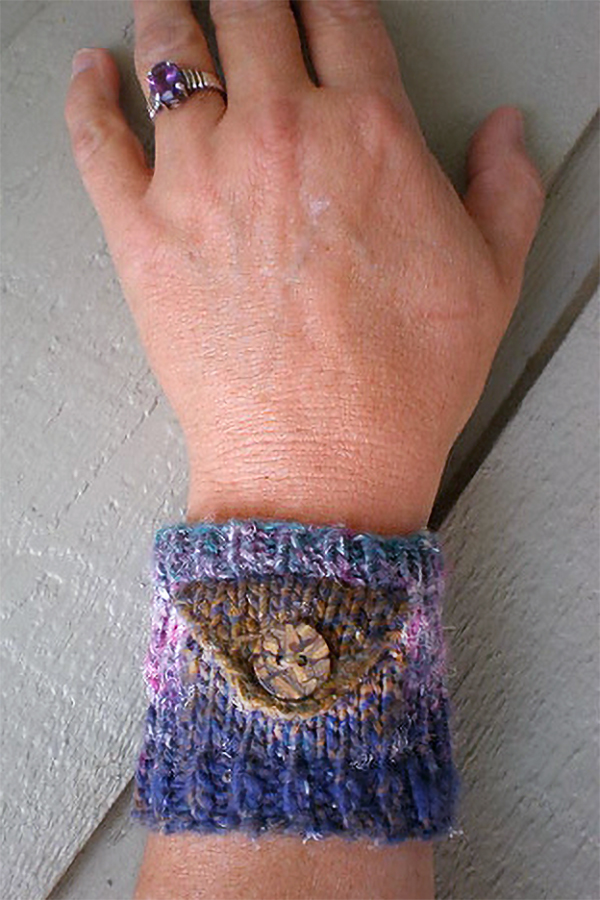 Free Knitting Pattern for Whisp Pocket Cuff