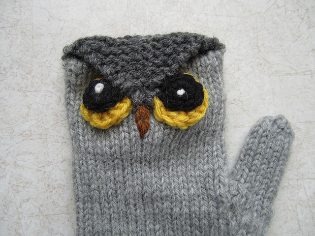 Who Gives a Hoot? Owl Mittens Free Knitting Pattern | Owl Knitting Patterns