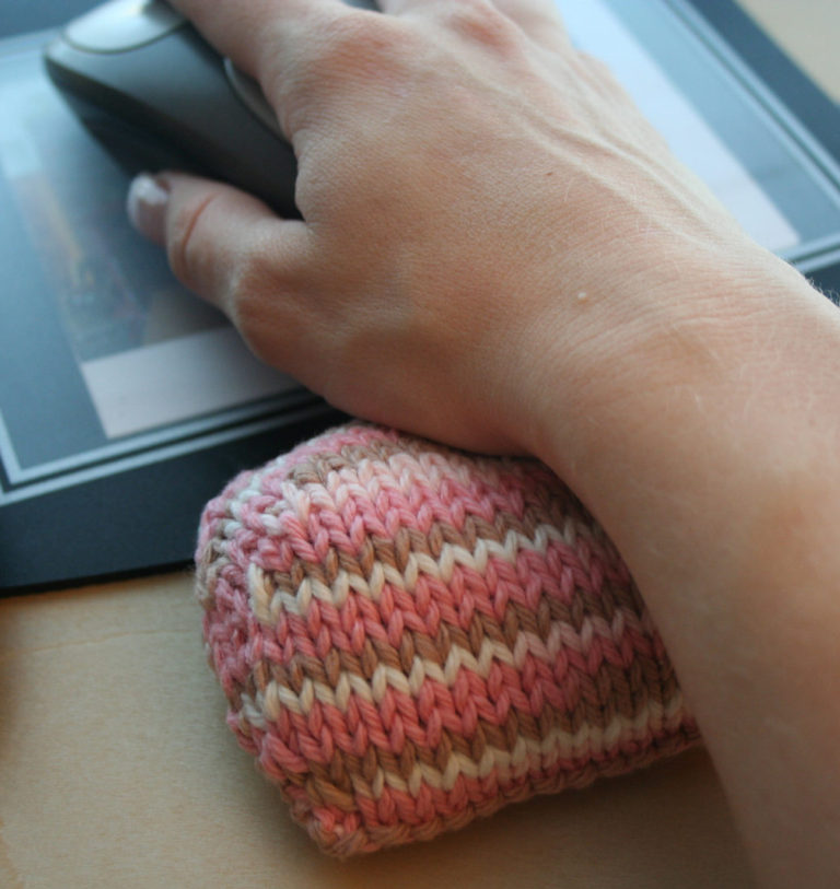 Free Knitting Pattern for Earthy Mouse Pad Wrist Pillow