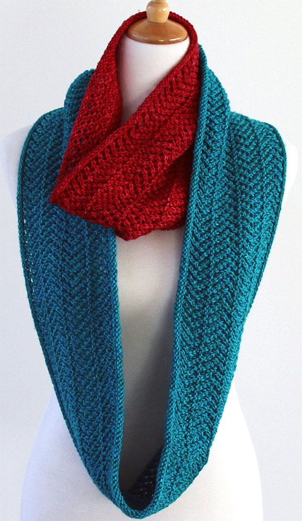Knitting Pattern for Easy Zaggy Cowl