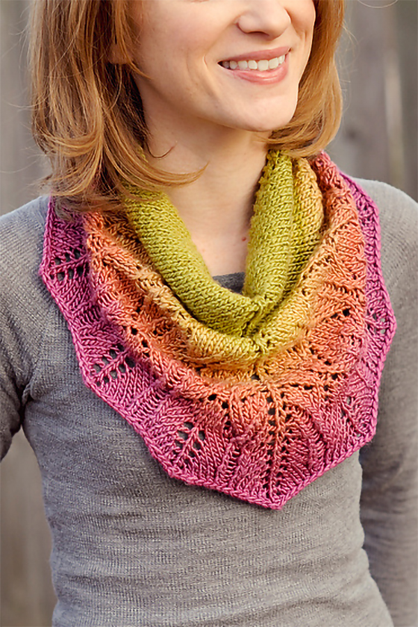 Knitting Pattern for Zuzu Cowl