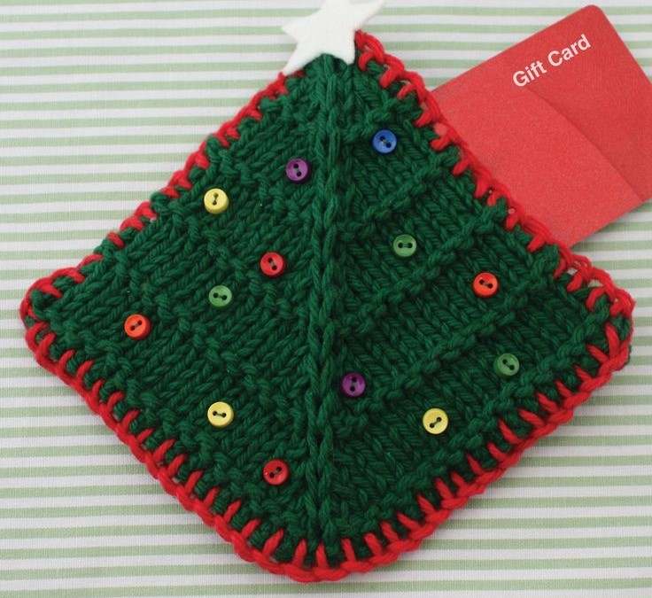 Last Minute Holiday Gifts to Knit