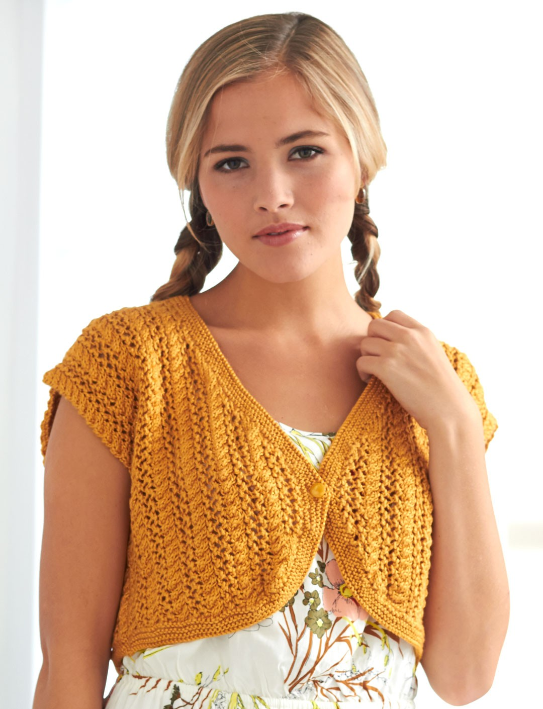 Knitting Pattern For Lace Bolero : Shrug and Bolero Knitting Patterns In the Loop Knitting