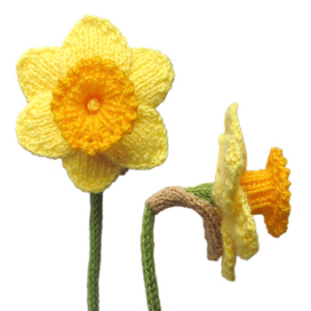 Free Crochet Daffodil Flower Pattern : Flower Knitting Patterns In the Loop Knitting