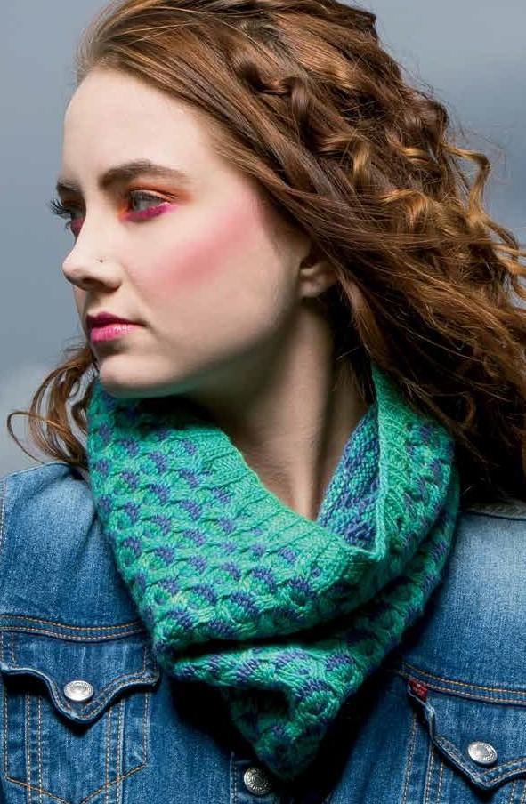 Ravenna Cowl Knitting Pattern