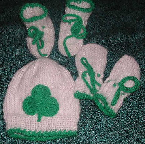 Lucky Shamrock Baby Set Free Knitting Pattern | Free St. Patrick's Day Knitting Patterns at www.terrymatz.biz/intheloop/free-st-patricks-day-knitting-patterns