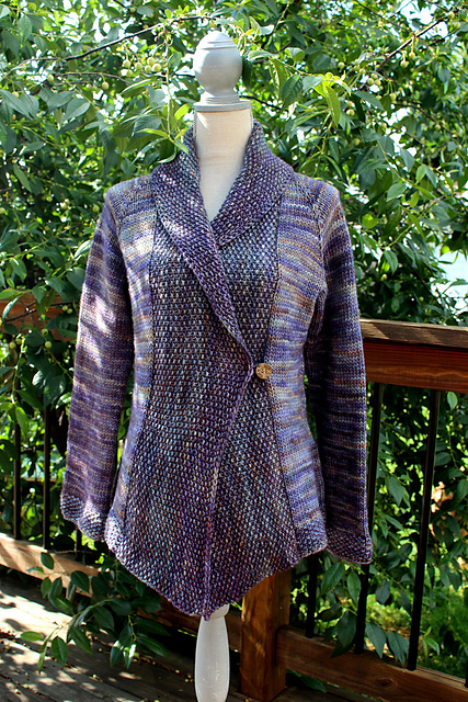 Craft Passions: Ladies jacket#Free#knitting pattern link here