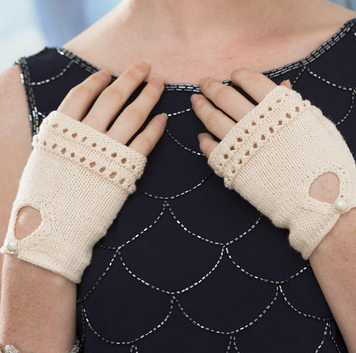 Free Knitting Pattern for Modern Sophisticated Glovelets