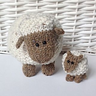 Moss the Sheep knitting pattern and more lamb and sheep knitting patterns