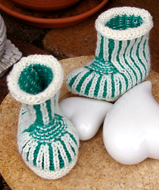 Free Knitting Pattern for Brioche Baby Booties