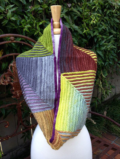 Knitting pattern for Mitered Obsession Cowl