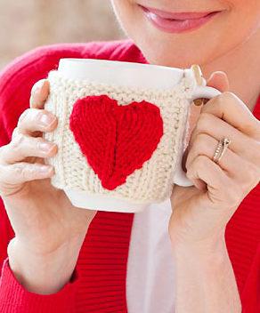Free Knitting Pattern for Valentine Mug Hug Cozy