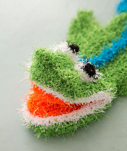 Free knitting pattern for Sea Monster Bath Mitt Puppet