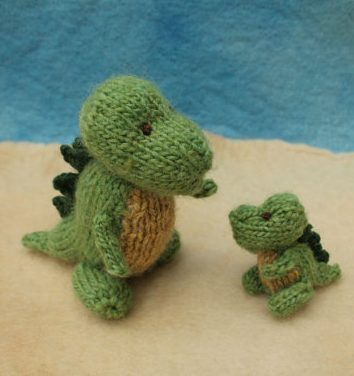 Knitting pattern for Mommy and Baby Dinosaur T Rex
