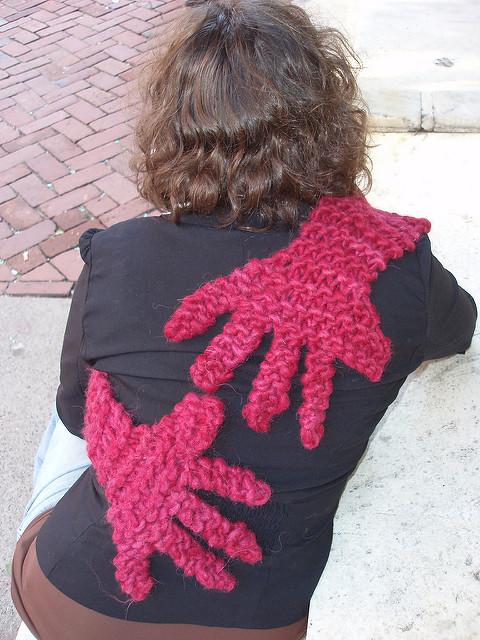 Free knitting pattern for Hug Scarf