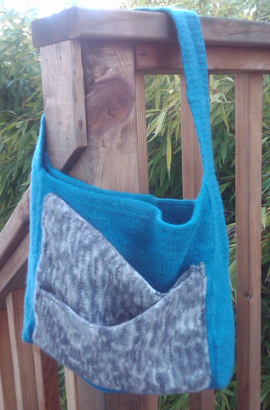 Free Knitting Pattern for Slant Pocket Purse