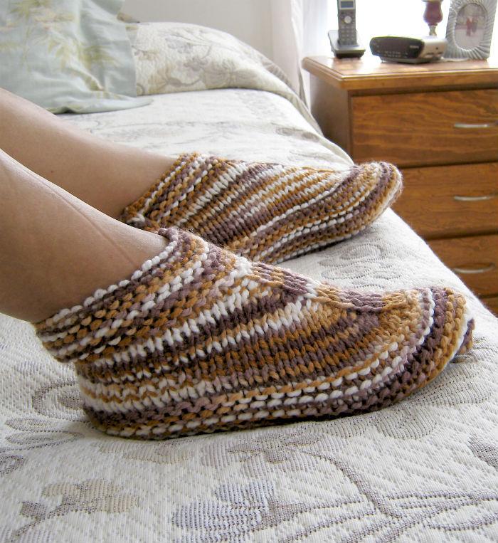 Free Knitting Pattern for Easy Desert Boots Slippers