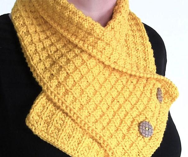 Free Knitting Pattern on Waffle Neck Warmer